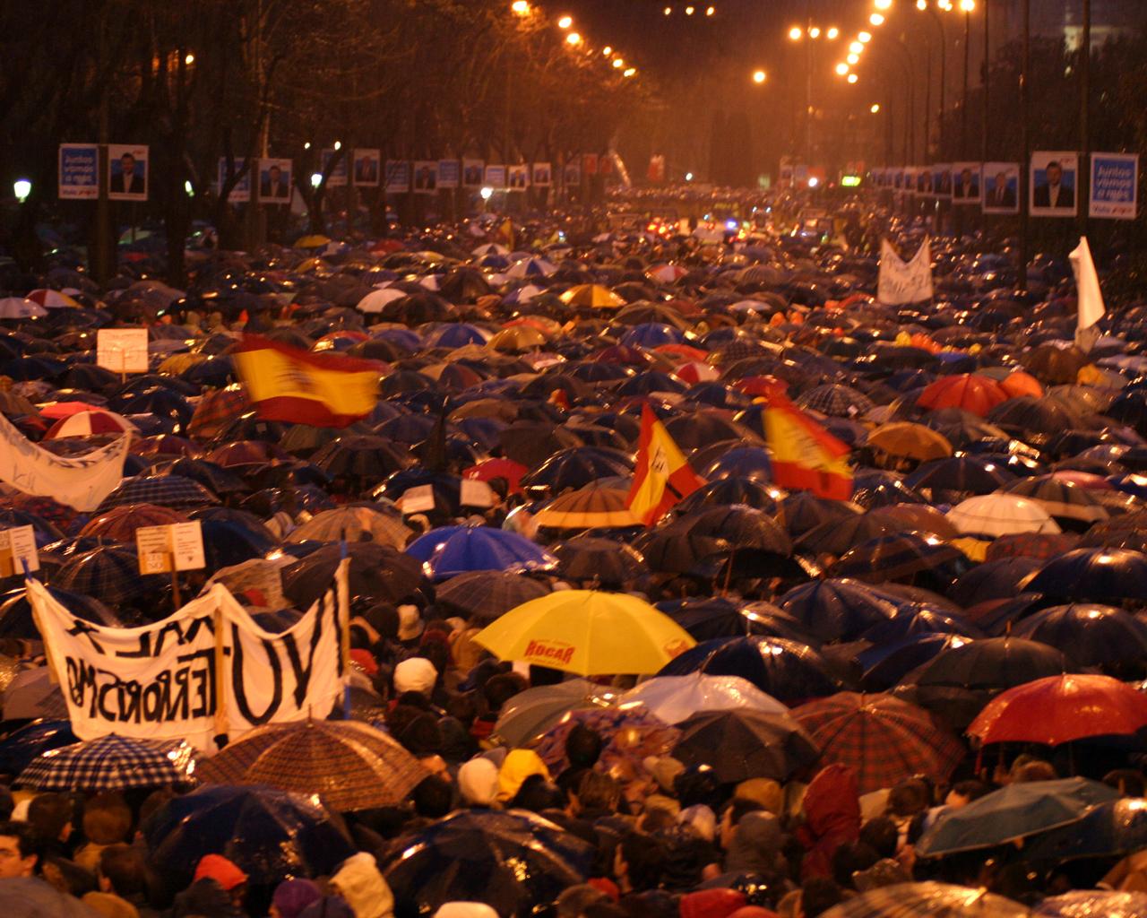 Manifestación en Madrid tras los atentados del 11M.