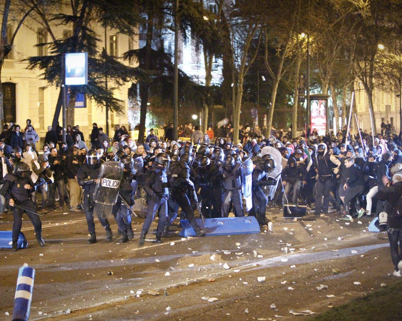 Enfrentamientos entre Policía y manifestantes el 22-M.
