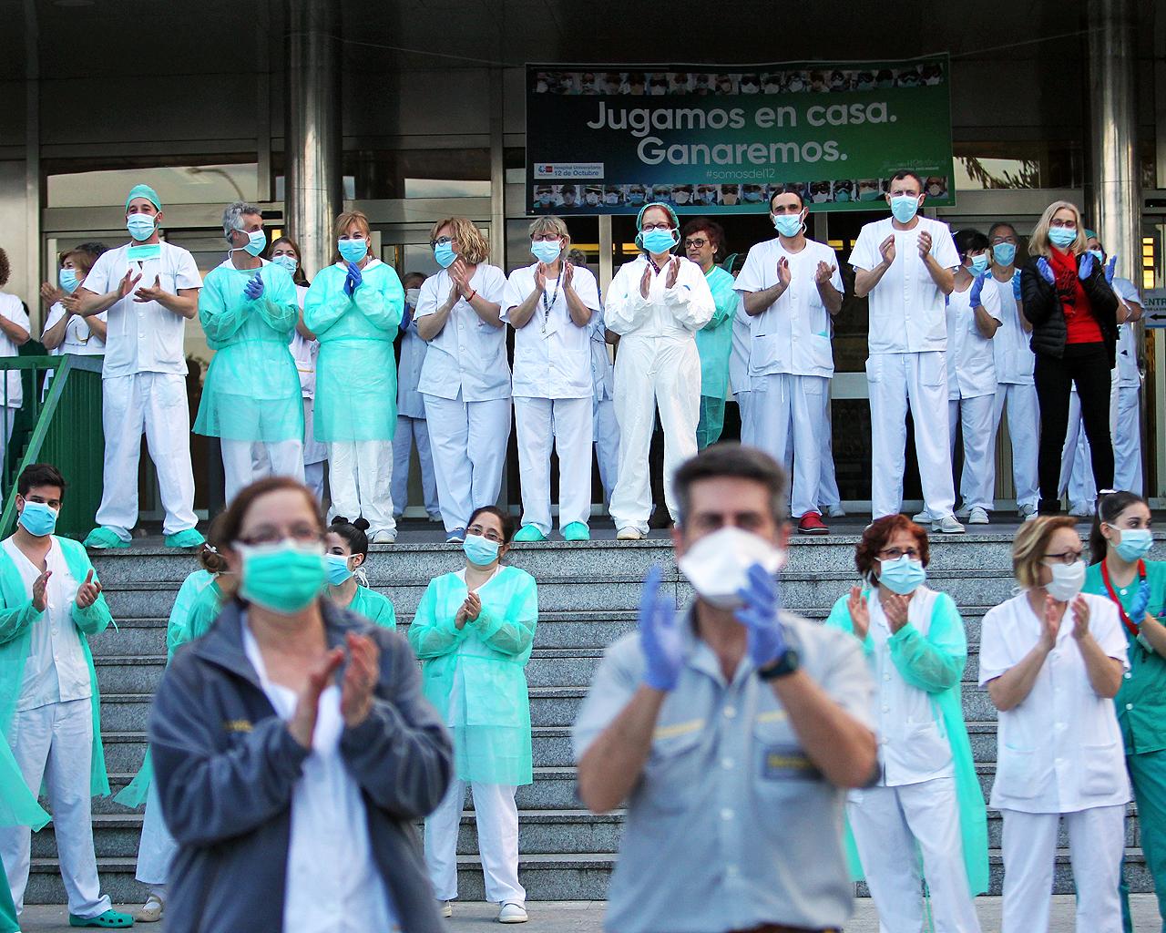 Personal sanitario del Hospital 12 de Octubre. Madrid. 13/04/2020.