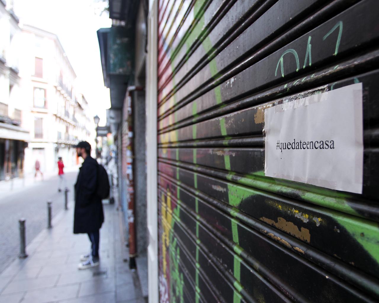 Comercios cerrados tras decretarse el estado de alarma. Madrid. 24/03/2020.