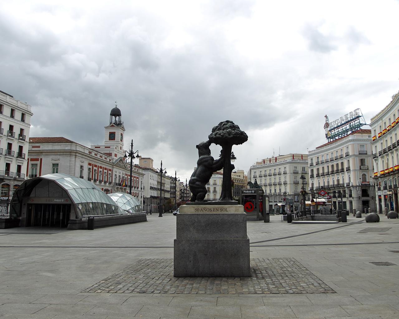Puerta del Sol. Madrid. 04/04/2020.