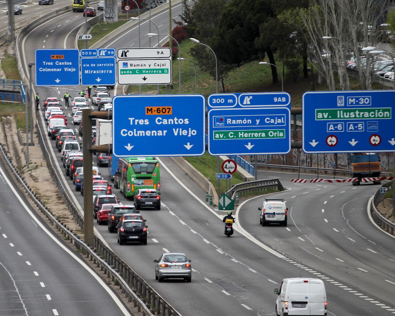 Controles de salida de la ciudad, tras decretarse el estado de alarma. Madrid. 20/03/2020.