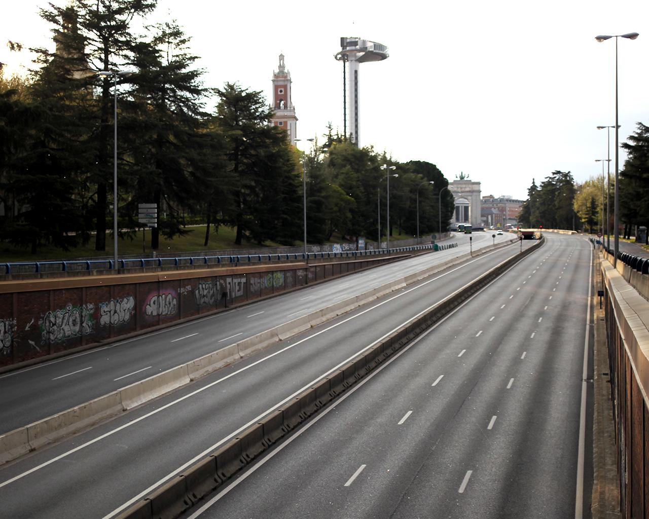 Accesos a Madrid desde la A6, a primera hora de la mañana. Madrid. 30/03/2020.